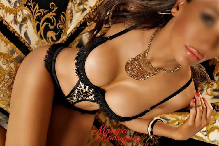monica-rodriguez-sydney-escort-profile-picture