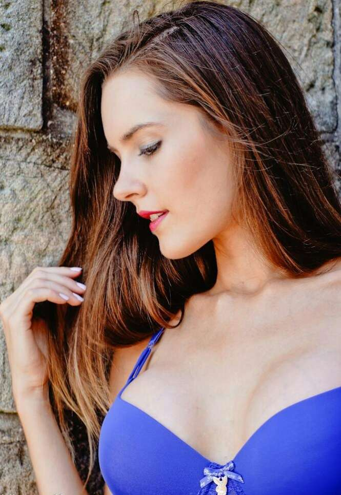 charlotte star sydney escort